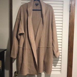Camel buttonless car coat